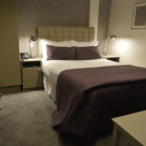 an image of the double room at Dobbins Inn