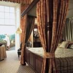 dalhousie-castle-bedroom2