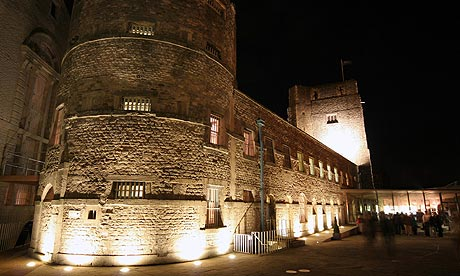 Oxford-Castle-001