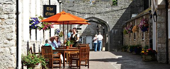 bodelwyddan-castle-elwyn-bar