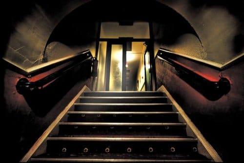 schooner hotel stairs