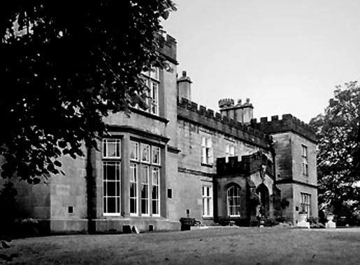 Mercure-Dunkenhalgh-Hotel-Spa-Blackburn-Lancashire-Front