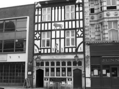 the-red-lion-pub